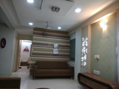 Gallery Cover Image of 1100 Sq.ft 2 BHK Apartment for rent in Sanand for 15000