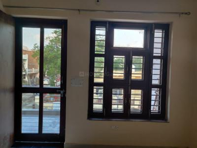 Gallery Cover Image of 1422 Sq.ft 3 BHK Independent House for rent in Sector 8 for 14000
