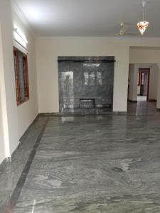 Gallery Cover Image of 2000 Sq.ft 3 BHK Independent Floor for rent in Banaswadi for 37000