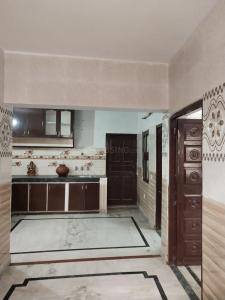 Gallery Cover Image of 900 Sq.ft 2 BHK Independent Floor for rent in Sector 3 for 13000