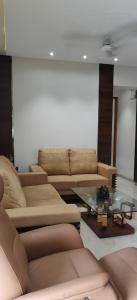 Gallery Cover Image of 2000 Sq.ft 3 BHK Apartment for buy in Nerul for 46500000