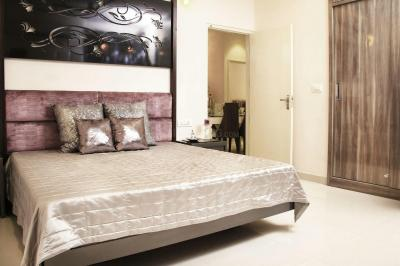 Gallery Cover Image of 1350 Sq.ft 3 BHK Apartment for rent in Sector 66 for 22000