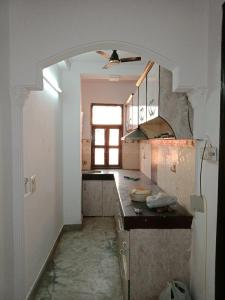 Gallery Cover Image of 1100 Sq.ft 3 BHK Independent Floor for buy in Laxmi Nagar for 7000000