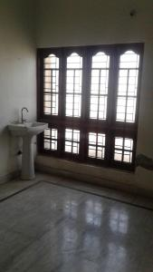 Gallery Cover Image of 1550 Sq.ft 3 BHK Apartment for rent in LB Nagar for 10000