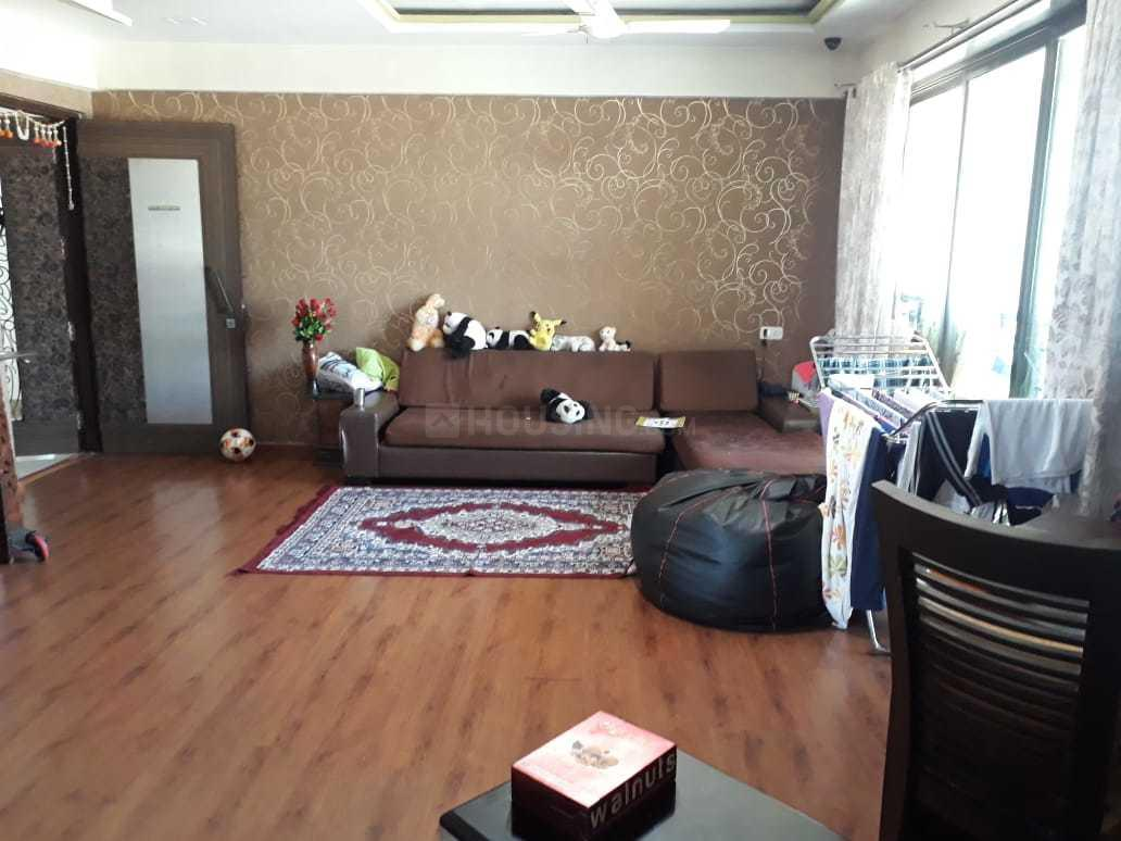 Living Room Image of 1024 Sq.ft 2 BHK Apartment for buy in Mulund West for 20200000