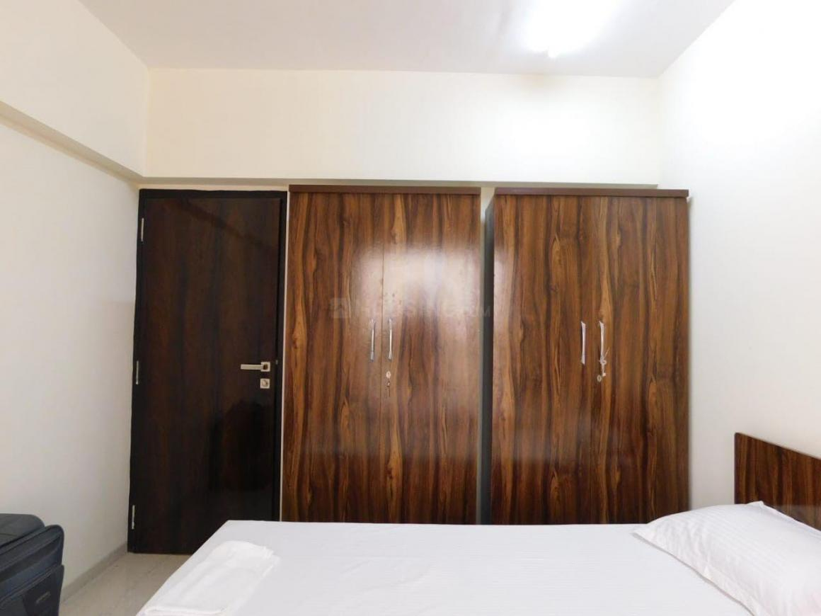 Bedroom Image of 1200 Sq.ft 2 BHK Apartment for rent in Cumballa Hill for 111000