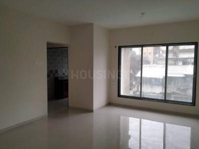 Gallery Cover Image of 675 Sq.ft 2 BHK Apartment for buy in Raviraj Royal, Kandivali West for 17500000