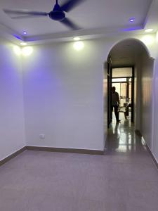 Gallery Cover Image of 700 Sq.ft 2 BHK Independent Floor for buy in Govindpuri for 4000000
