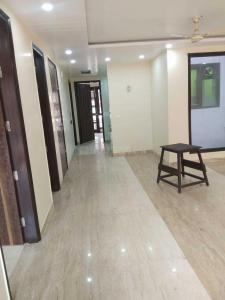 Gallery Cover Image of 2500 Sq.ft 4 BHK Apartment for rent in Punjabi Bagh for 65000
