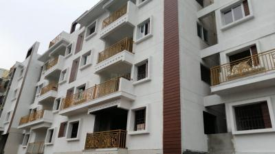 Gallery Cover Image of 1220 Sq.ft 2 BHK Apartment for buy in SSVR Acacia, Panathur for 6000000