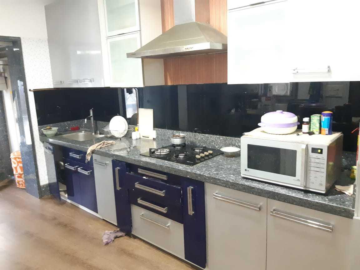Kitchen Image of 1450 Sq.ft 3 BHK Apartment for rent in Bandra West for 130000