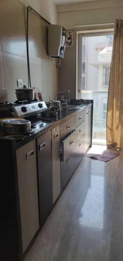 Kitchen Image of 800 Sq.ft 2 BHK Apartment for rent in Vile Parle East for 65000
