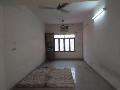 Gallery Cover Image of 1600 Sq.ft 3 BHK Apartment for rent in Paschim Vihar for 27000