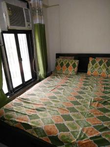 Gallery Cover Image of 620 Sq.ft 1 BHK Apartment for rent in Malad West for 29500