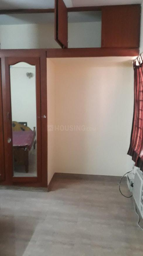 Bedroom Image of 1450 Sq.ft 3 BHK Apartment for rent in Thoraipakkam for 25000