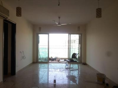 Gallery Cover Image of 1680 Sq.ft 3 BHK Apartment for rent in Kandivali East for 40000