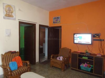 Gallery Cover Image of 850 Sq.ft 2 BHK Apartment for rent in Basaveshwara Nagar for 16000