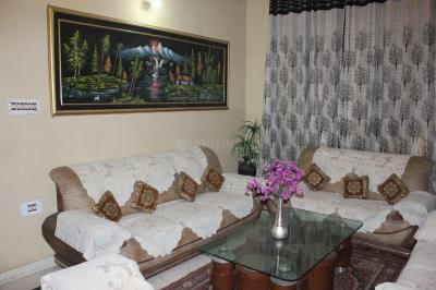 Gallery Cover Image of 1800 Sq.ft 3 BHK Independent Floor for rent in Sector 19 Dwarka for 50000