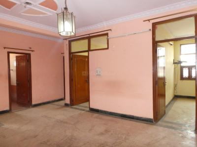 Gallery Cover Image of 1400 Sq.ft 3 BHK Apartment for buy in Janakpuri for 4275000