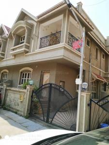 Gallery Cover Image of 2800 Sq.ft 3 BHK Independent House for buy in Bopal for 14900001