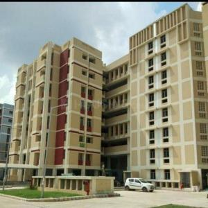Gallery Cover Image of 1500 Sq.ft 3 BHK Apartment for buy in Vasant Kunj for 19000000