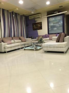 Gallery Cover Image of 660 Sq.ft 1 BHK Apartment for buy in Andheri West for 13000000
