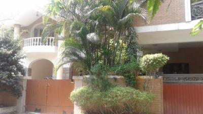 Gallery Cover Image of 7000 Sq.ft 5 BHK Independent House for buy in T Nagar for 130000000