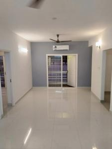 Gallery Cover Image of 1800 Sq.ft 3 BHK Apartment for rent in Neelankarai for 40000
