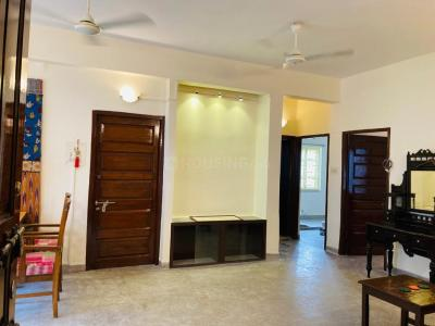 Gallery Cover Image of 1500 Sq.ft 3 BHK Independent Floor for rent in Jodhpur Park for 32000
