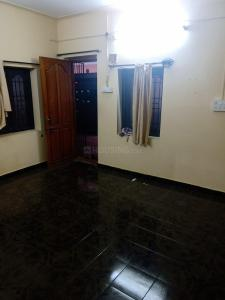 Gallery Cover Image of 650 Sq.ft 1 BHK Independent House for rent in Choolaimedu for 13000