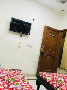 Bedroom Image of Royal PG in Manesar