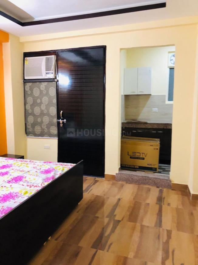 Bedroom Image of 1800 Sq.ft 3 BHK Apartment for rent in Sector 87 for 18000
