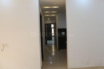 Gallery Cover Image of 1300 Sq.ft 3 BHK Apartment for buy in Kiera Ryhan Heights, Vasant Kunj for 8900000