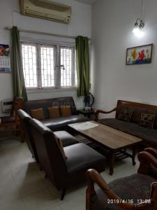 Gallery Cover Image of 1320 Sq.ft 2 BHK Apartment for rent in Munirka for 30000