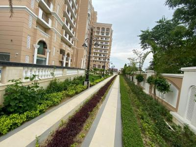 Gallery Cover Image of 2655 Sq.ft 4 BHK Apartment for buy in Purvanchal Kings Court, Gomti Nagar for 18700000