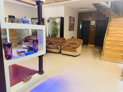 Gallery Cover Image of 2100 Sq.ft 3 BHK Apartment for rent in Banaswadi for 36000