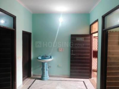 Gallery Cover Image of 650 Sq.ft 2 BHK Independent Floor for rent in Wazirabad for 7500