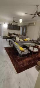 Gallery Cover Image of 1650 Sq.ft 3 BHK Apartment for rent in Atur Park, Sangamvadi for 48000