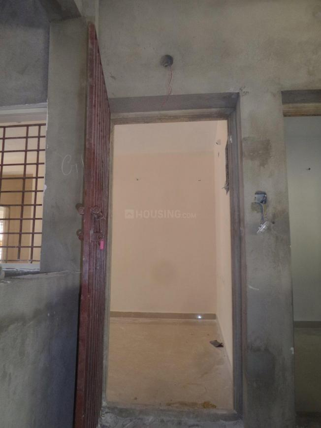Main Entrance Image of 871 Sq.ft 2 BHK Apartment for buy in Ambattur for 4600000