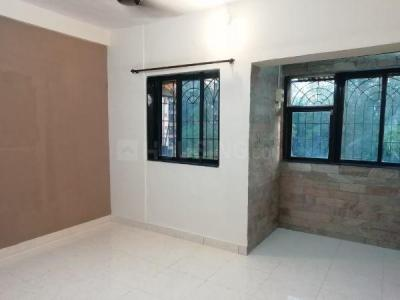 Gallery Cover Image of 550 Sq.ft 1 BHK Apartment for rent in Jeevan Padma CHS, Borivali West for 18000