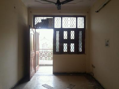 Gallery Cover Image of 660 Sq.ft 1 BHK Independent Floor for rent in Sector 5 Rohini for 10000
