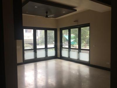 Gallery Cover Image of 1450 Sq.ft 3 BHK Apartment for buy in Shatabdi Rail Vihar, Sector 62 for 8500000