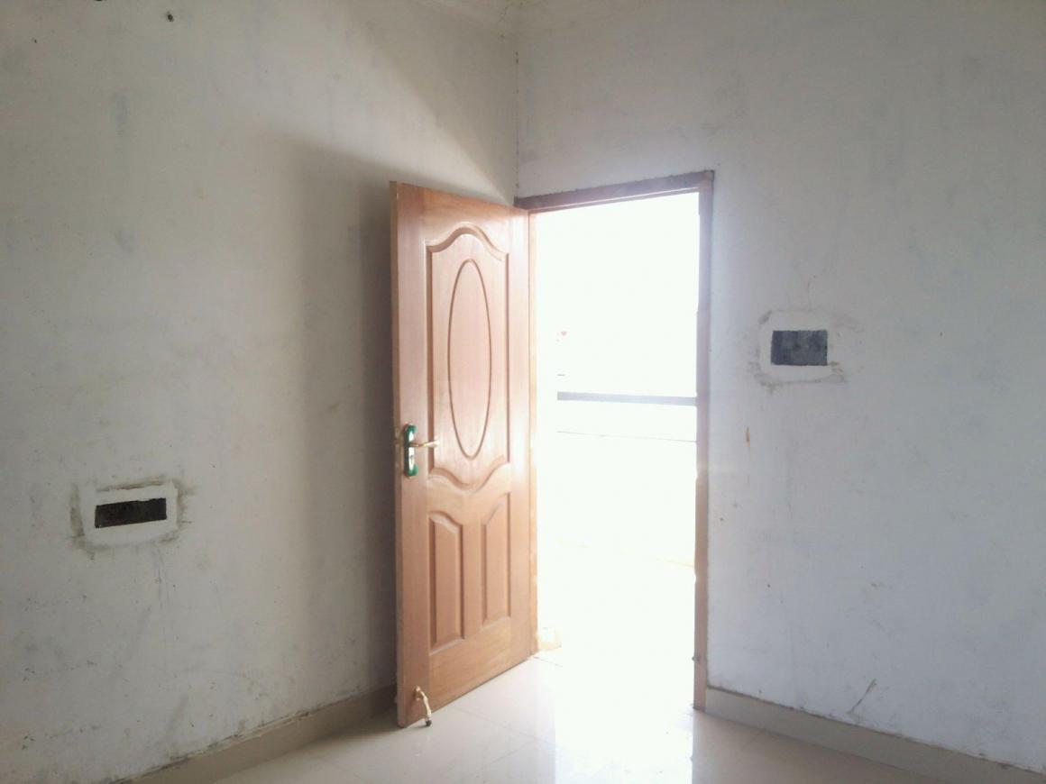 Living Room Image of 1000 Sq.ft 3 BHK Apartment for buy in Sri Chakra Nagar for 4000000