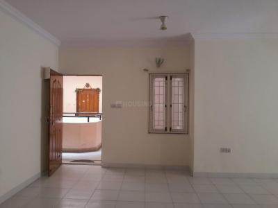 Gallery Cover Image of 1875 Sq.ft 3 BHK Apartment for rent in Sraddha Brindhavan Apartments, Marathahalli for 32500