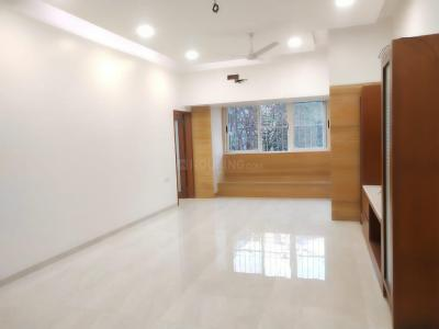 Gallery Cover Image of 760 Sq.ft 2 BHK Apartment for buy in Maqba Heights, Bandra West for 43500000