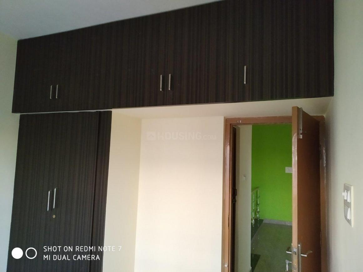 Bedroom Image of 2000 Sq.ft 3 BHK Villa for rent in Perungalathur for 20000