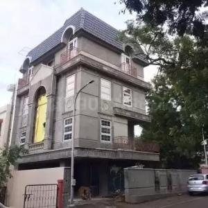 Gallery Cover Image of 4500 Sq.ft 4 BHK Villa for buy in Kothrud for 35000000