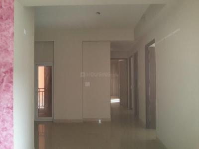 Gallery Cover Image of 1670 Sq.ft 3 BHK Apartment for buy in Noida Extension for 5845000