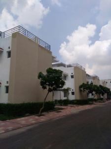 Gallery Cover Image of 1450 Sq.ft 3 BHK Villa for rent in Surajpur for 10000