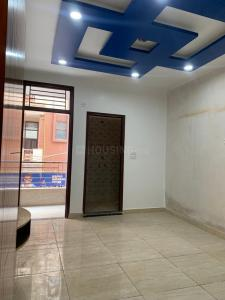 Gallery Cover Image of 675 Sq.ft 3 BHK Independent Floor for buy in Uttam Nagar for 3600000